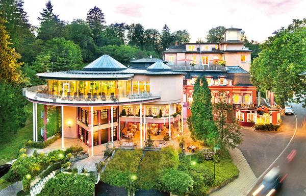 Wellnesshotel Allmer, Bad Gleichenberg, Rakousko