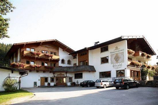 Appartements Strobl, Hopfgarten im Brixental, Rakousko