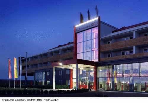 All in Red Thermenhotel, Lutzmannsburg, Rakousko