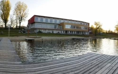Der Reisinger am Neufelder See, Neufeld an der Leitha, Rakousko