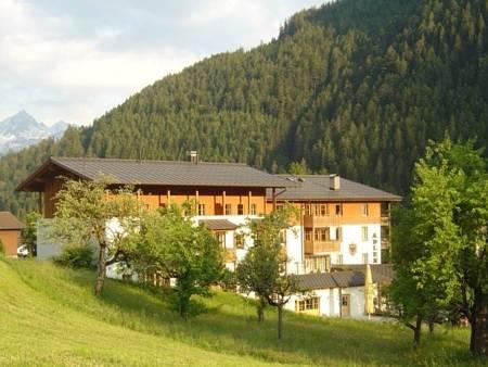 Hotel Gasthof Adler, Sankt Gallenkirch, Rakousko
