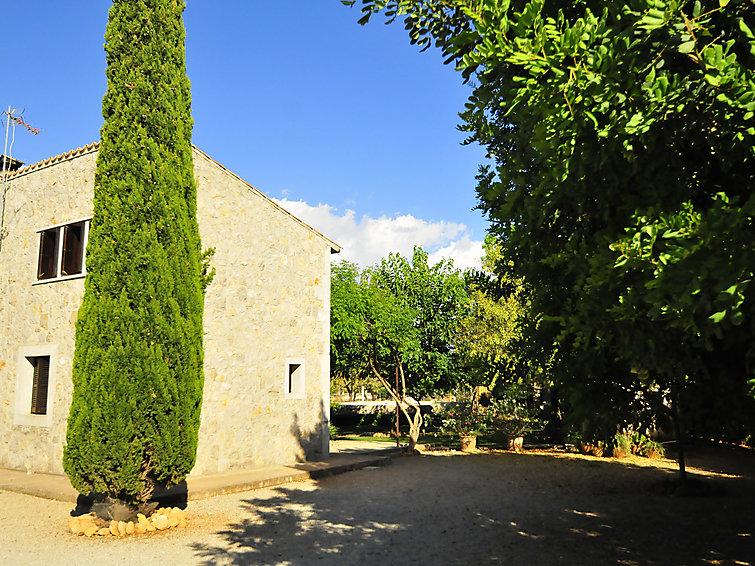 Ubytování ve Španělsku, Binissalem
