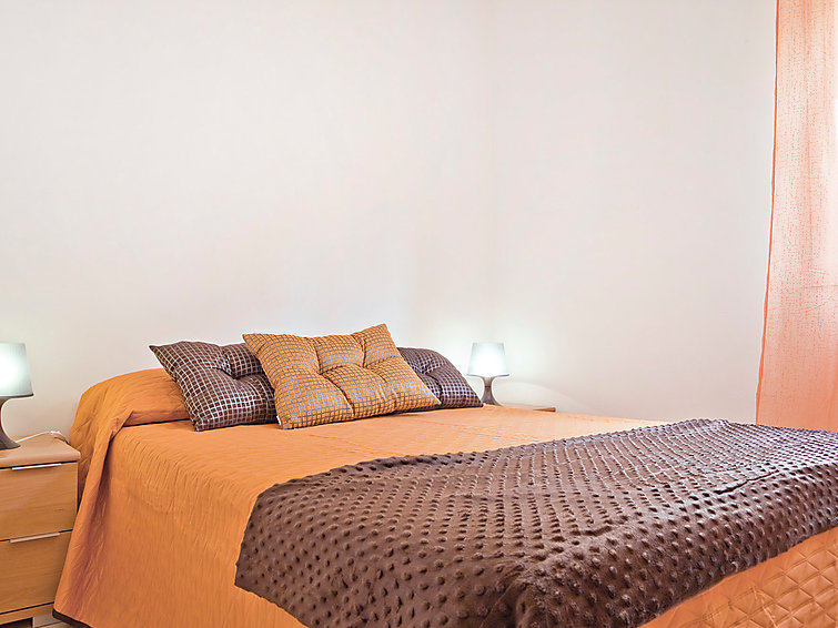 Ubytování ve Španělsku, Adeje