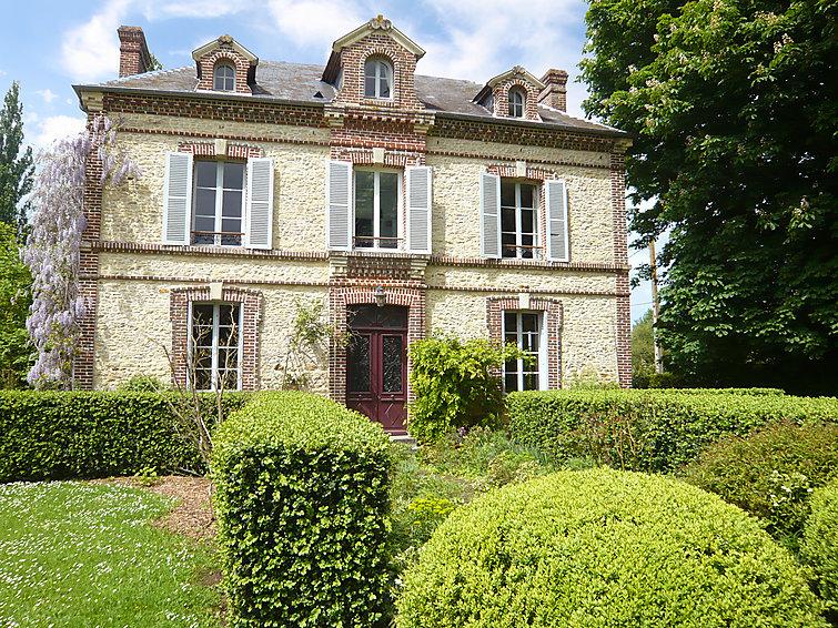 Ubytování ve Francii, Cambremer