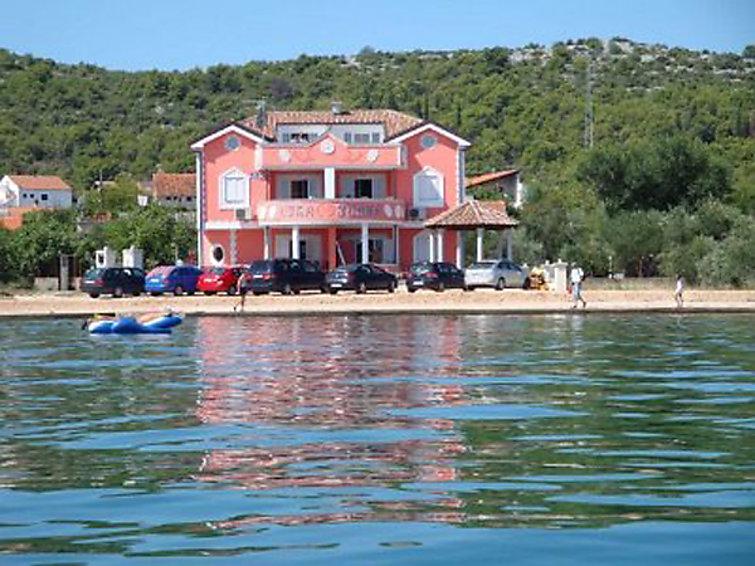 Ubytování v Chorvatsku, Raslina