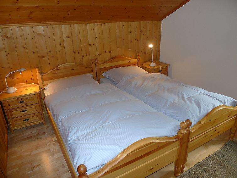 Ubytování ve Švýcarsku, Enney