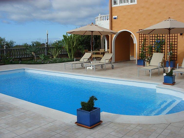 Ubytování ve Španělsku, Arona