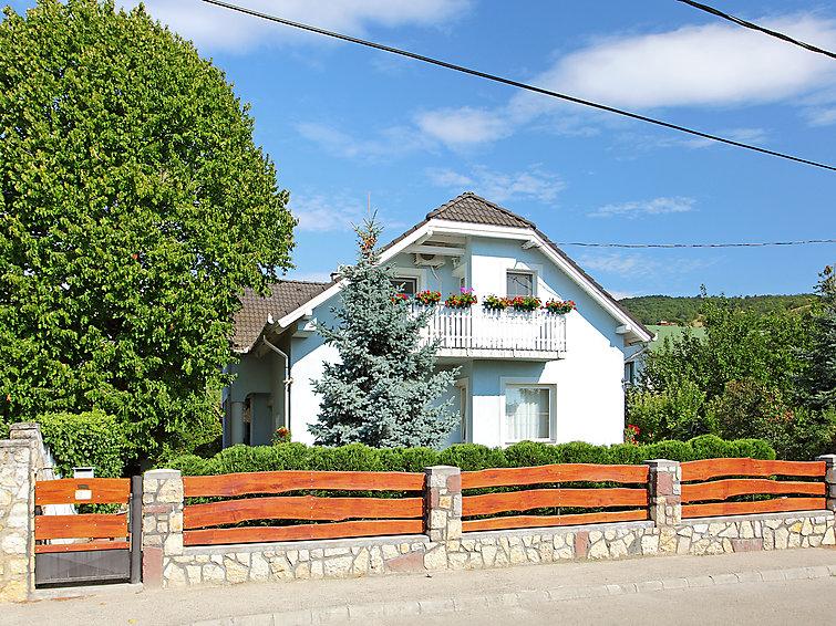 Ubytování v Maďarsku, Balatonfured