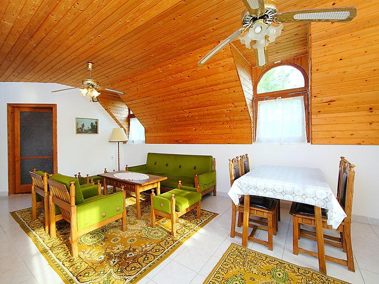 Ubytování v Maďarsku, Balatonboglar